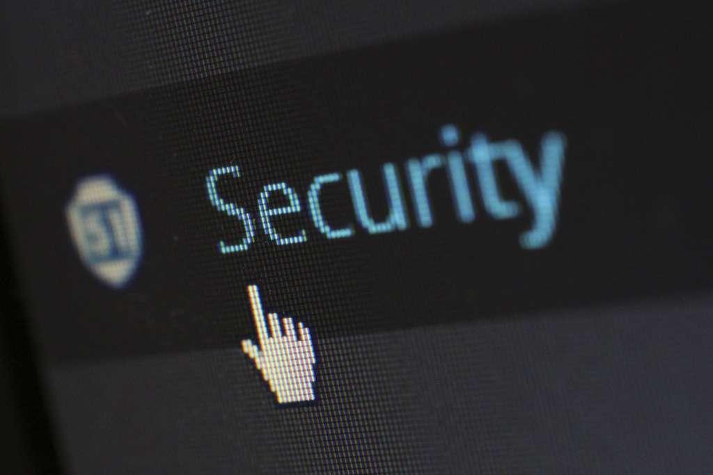 YubiKey u otra key de autenticación con 2FA: La seguridad también depende de las acciones que realicemos en nuestro ordenador.