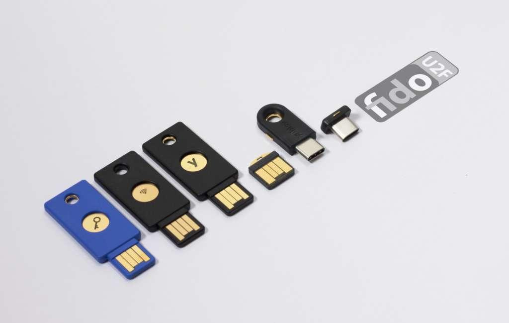 YubiKey u otra key de autenticación con 2FA. Las llaves de seguridad YubiKey son las número uno de la industria.