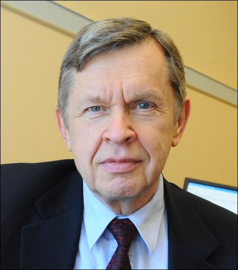 Los creadores de la compilación ganan el Premio Turing 2020. Alfred Vaino Aho, de la Universidad de Columbia.